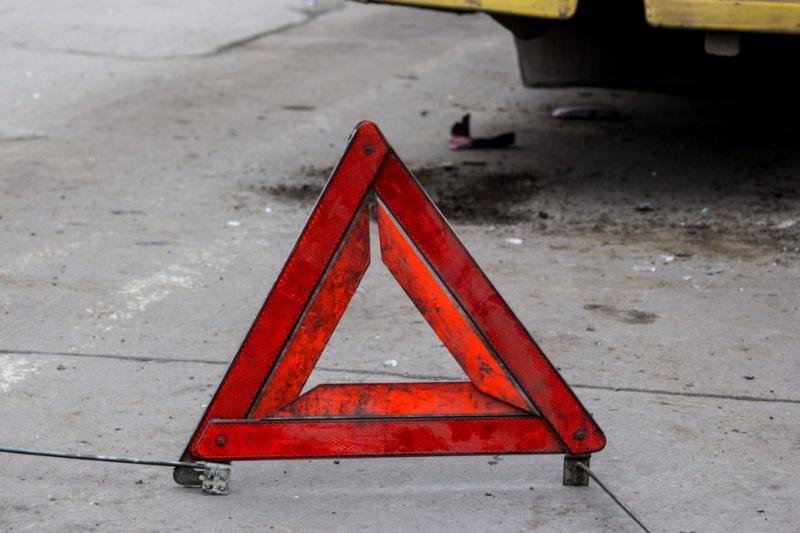 В Алматы пьяный водитель повредил газопровод, загорелся дом