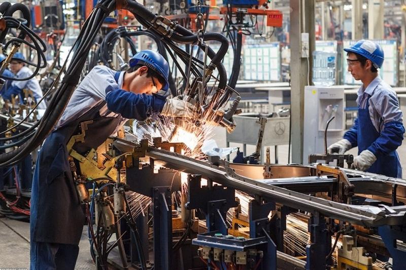今年前7个月哈萨克斯坦工业生产指数为102.7%