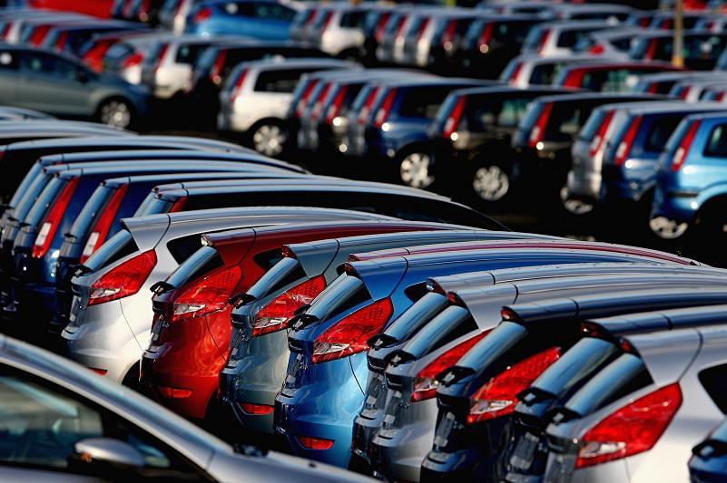 上半年共有40万轻型车辆进行登记注册