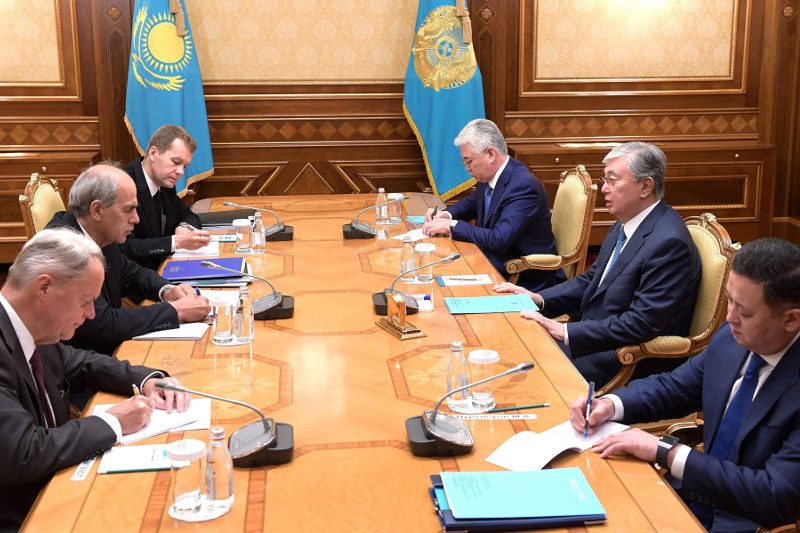 托卡耶夫总统会见欧盟驻中亚事务特别代表布里安