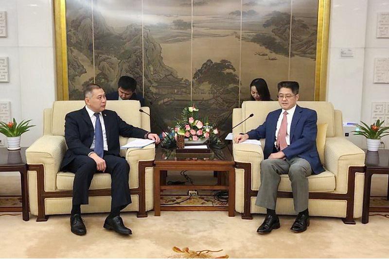 ҚХР СІМ-де ҚР Президентінің Қытайға сапарына қатысты дайындық мәселесі талқыланды