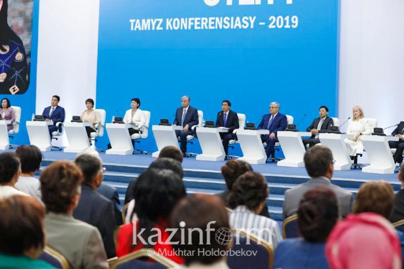 Реформаларда педагогтардың нақты қажеттіліктері есепке алынбайды - Тоқаев
