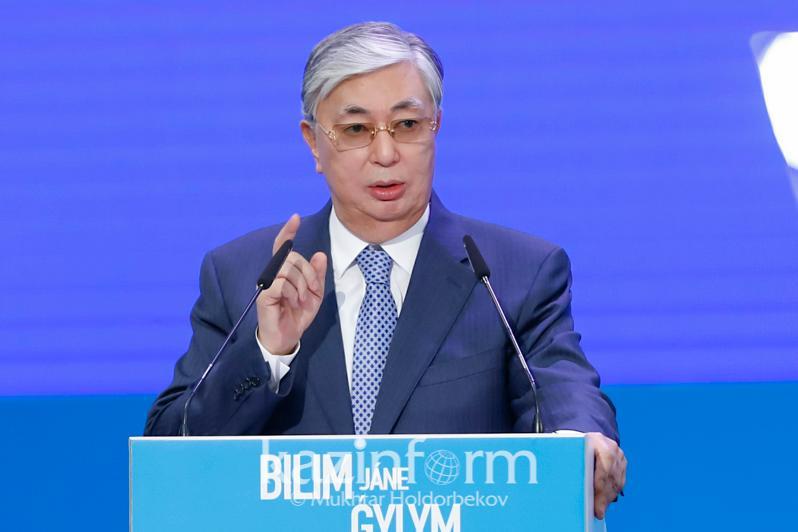 Глава государства высказался о вопросе перехода на трехъязычие