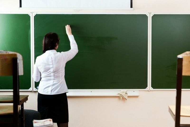 От 70 до 200 тысяч тенге – сколько зарабатывают учителя