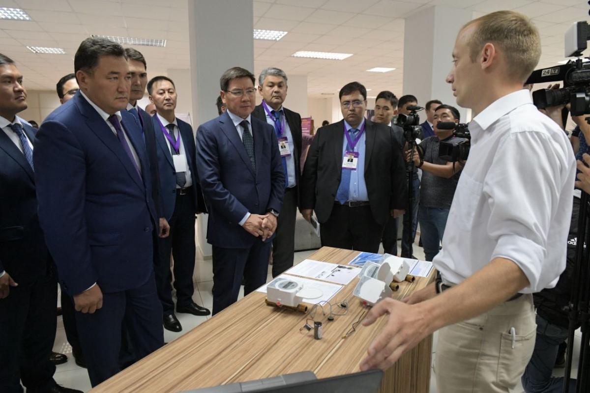 Аскар Жумагалиев ознакомился с ходом цифровизации в Павлодарской области