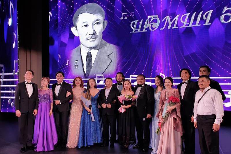 140-летие Костаная: сын Шамши Калдаякова подарил городу песню