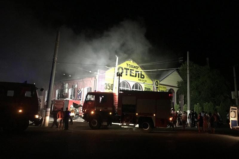 乌克兰南部一旅馆发生火灾 造成8人死亡10人受伤