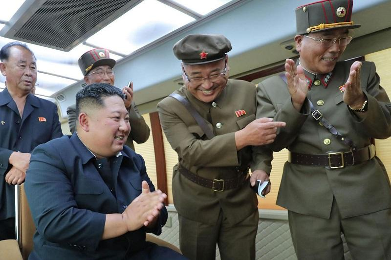 金正恩再指导新型武器试射