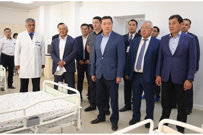Премьер-Министр поручил усилить контроль за качеством строительства жилья в Арыси