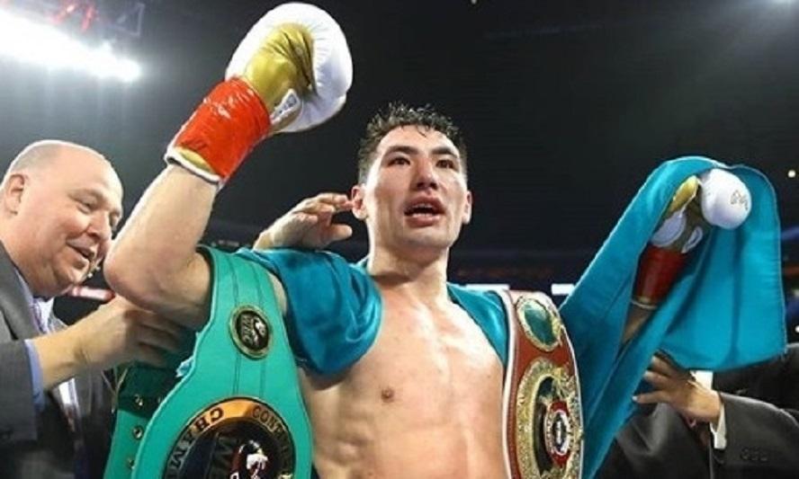 职业拳击:阿里木汗吾勒击倒对手成功卫冕洲际金腰带