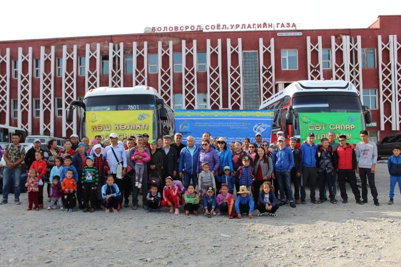 13 семей казахов из Монголии переехали в Павлодарскую область