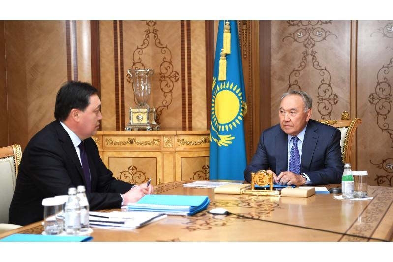 Nursultan Nazarbayev, Askar Mamin discuss Kazakhstan's development in Jan-Jul 2019