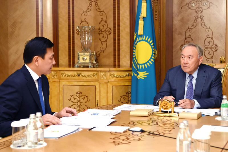 Leader of Nation receives Mayor of Nur-Sultan Altay Kulginov