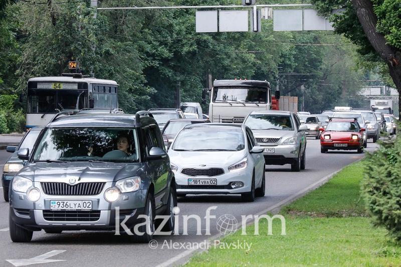 Назван наиболее аварийный участок на дорогах Алматы