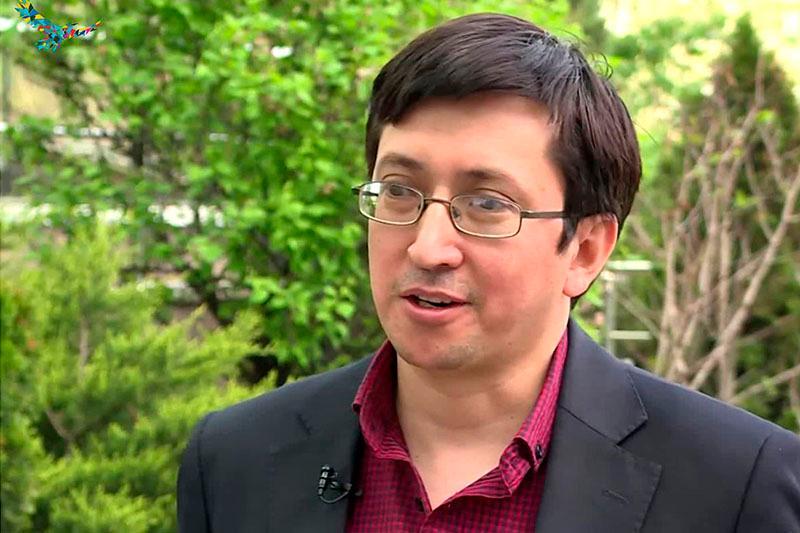 Мухтар Сенгирбай: Перевод учебников дает импульс казахскоязычной книжной индустрии