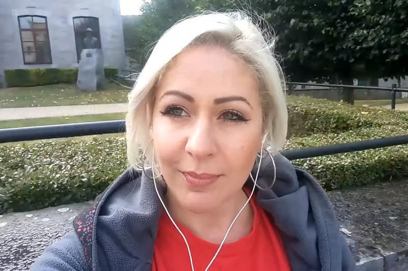 比利时女博主翻唱迪玛希歌曲走红网络
