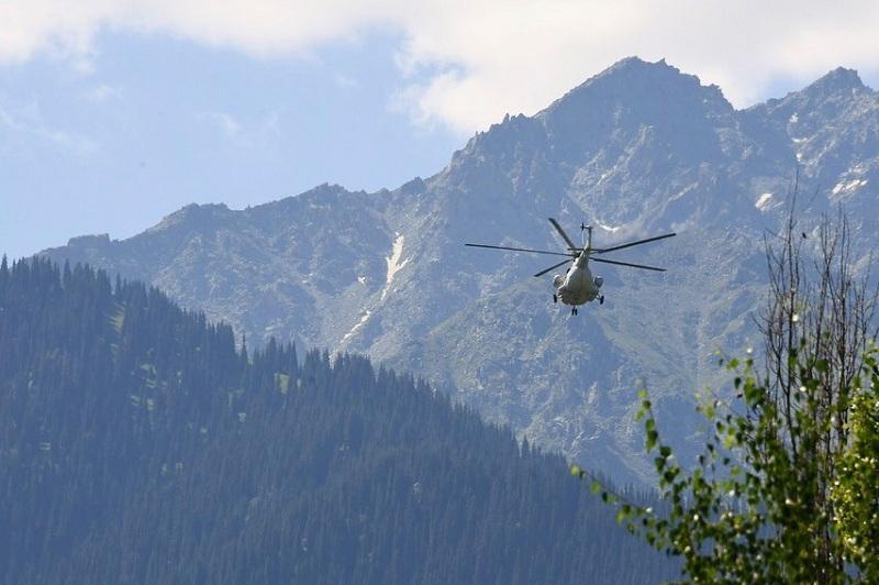 Военные вылетели на поиски альпинистов на Тянь-Шане