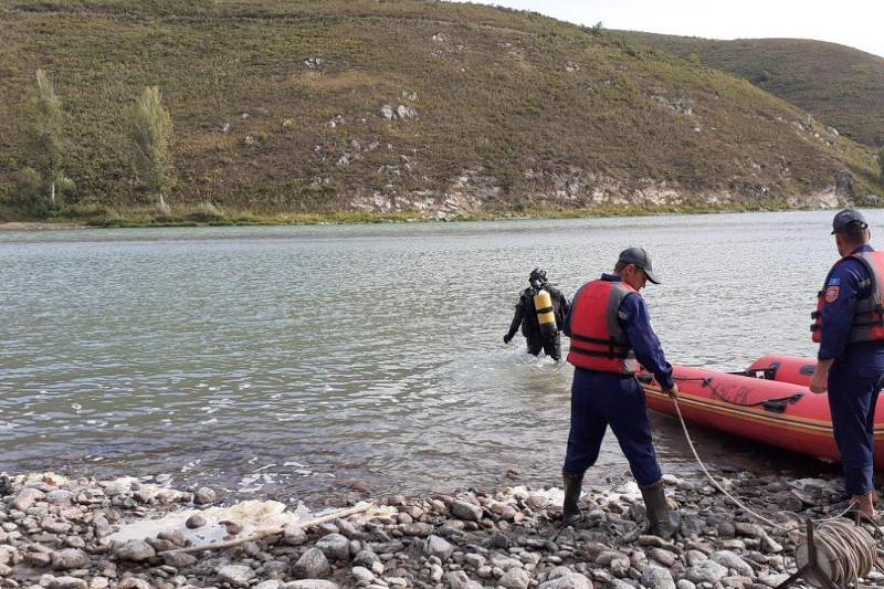 Через пять дней нашли в Бухтарме тело утонувшего восточноказахстанца