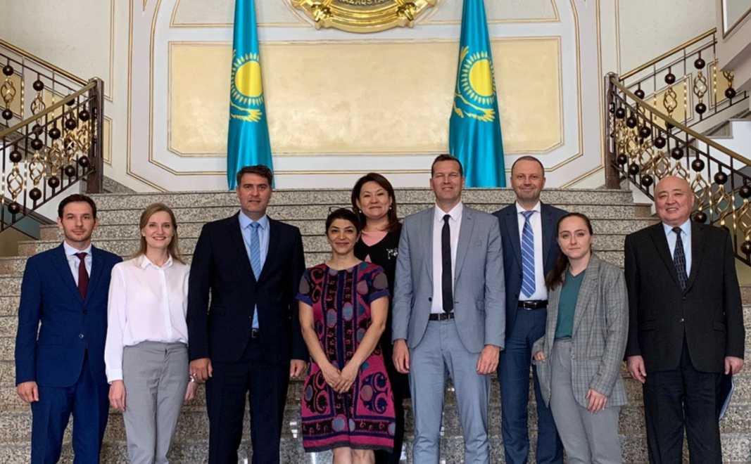 哈萨克斯坦与联合国加强打击恐怖主义合作