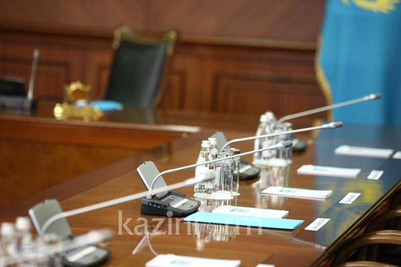 Елбасы предложил провести заседание Правительства с участием фракции «Nur Otan»