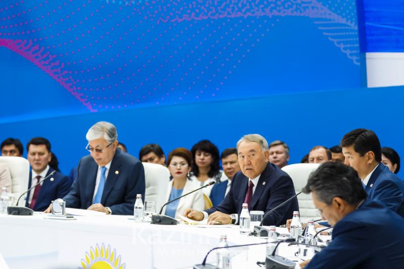 Nursultan Nazarbaev keleshegi joq aýyldar týraly aıtty