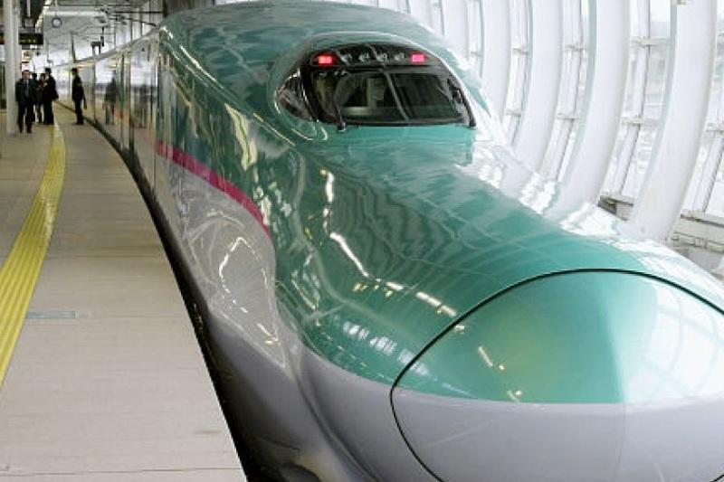 Bullet train ran with open door at 280 kph, none injured