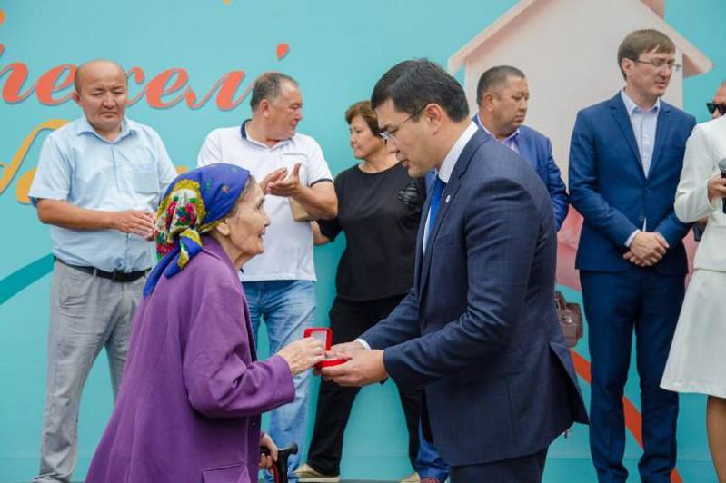 Нұр-Сұлтанда «Берекелі баспана» бағдарламасы бойынша 298 адам пәтер алды