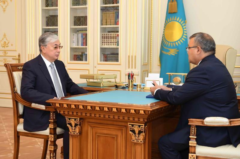 托卡耶夫总统接见哈萨克斯坦驻白俄罗斯新任大使