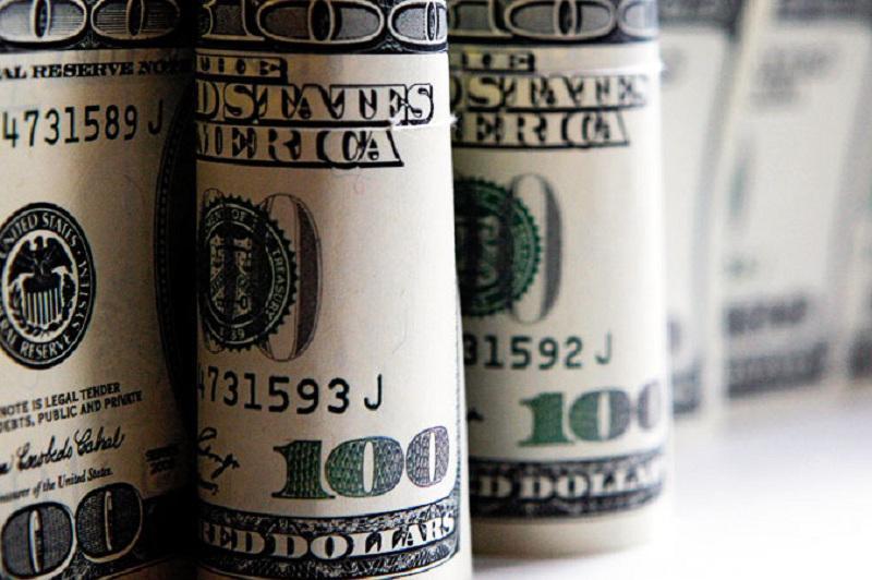 Узбекистан предоставил населению свободный доступ к иностранной валюте