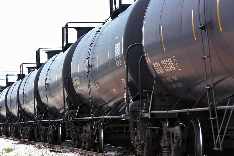 На 2 млрд тенге правонарушений в сфере оборота нефтепродуктов выявлено в Атырауской области
