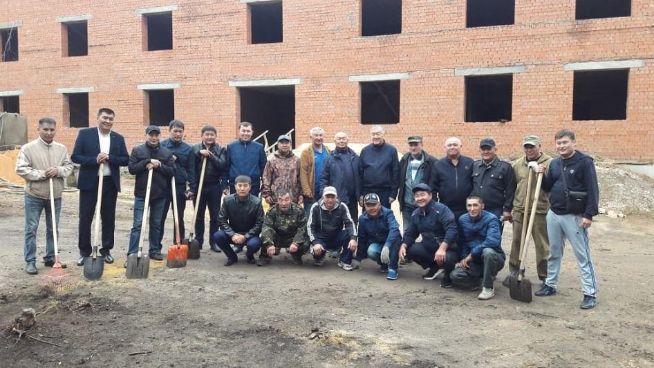 Акмолинские полицейскиеи ветераны поддержали акцию #Birge #TazaQazaqstan