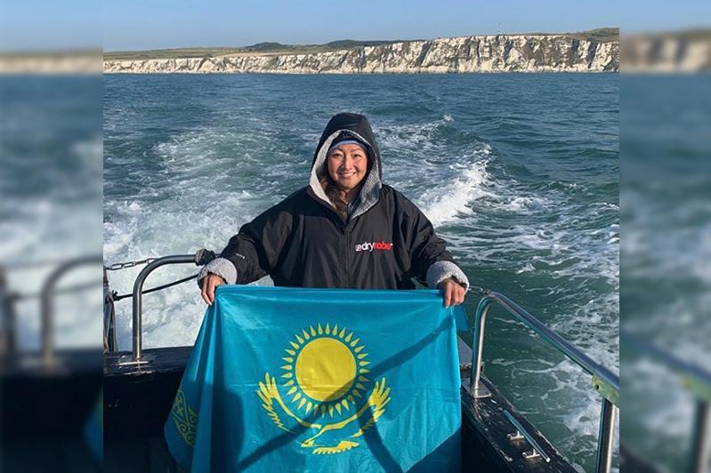 哈萨克斯坦女子成功横渡英吉利海峡