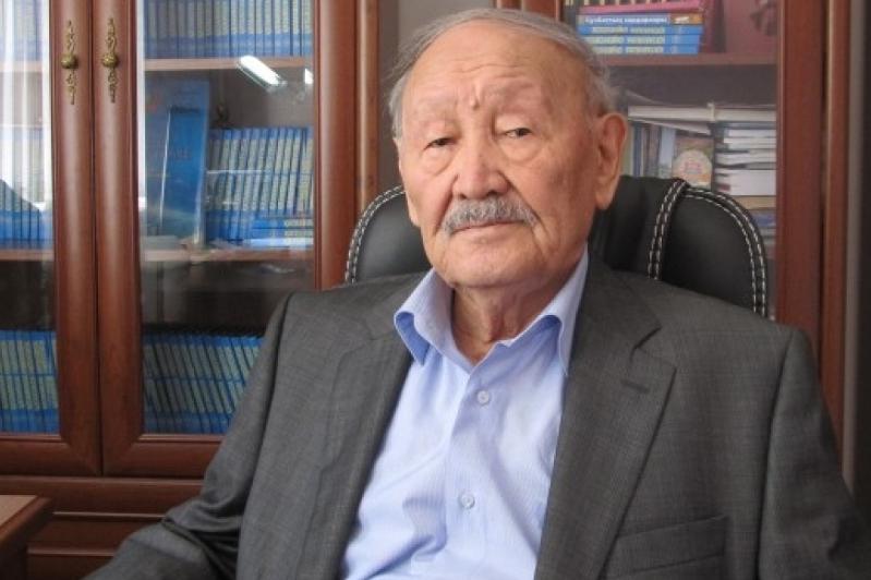 Mekemtas Myrzahmetov: Abaıdy mánine jetip ulyqtaýymyz kerek