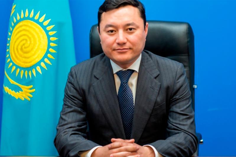 Әділбек Сәрсембаев Алматы аудандағы түйткілді проблемаларды атады