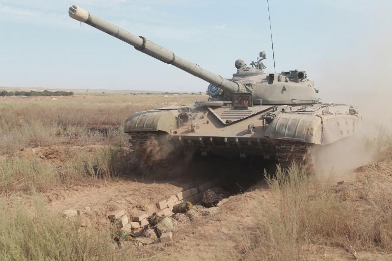 «Обкаткой танком» испытали первокурсников военного вуза в Алматы