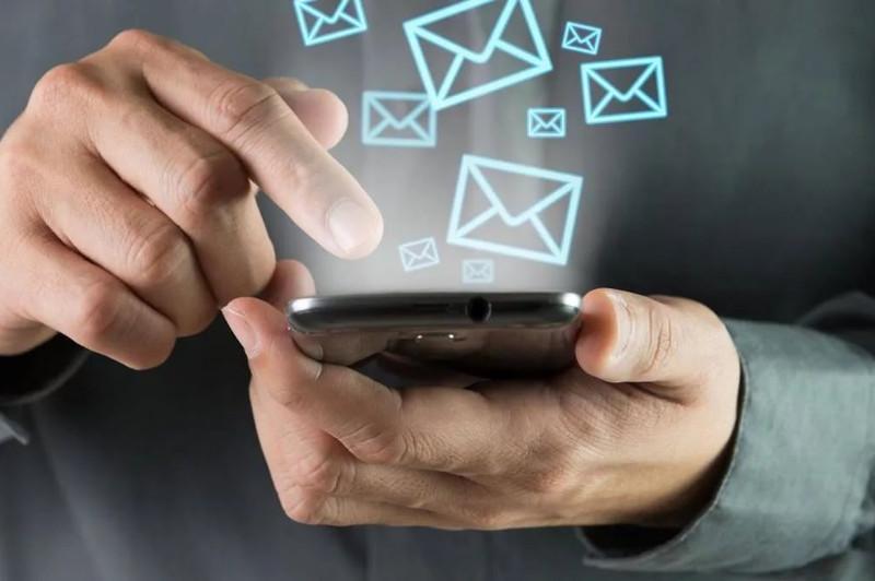 Жұмыс іздеу және төлемдер туралы мәліметтер енді смартфон арқылы қолжетімді