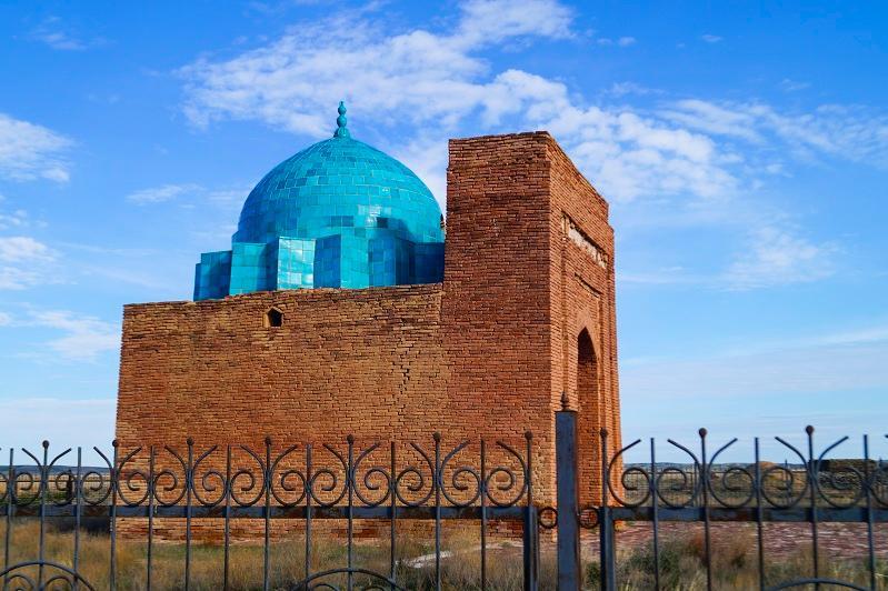 Zhoshy khan mausoleum should become cultural tourism site, President