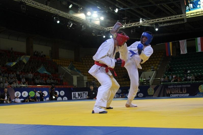 Впервые в Казахстане прошел Чемпионат мира по рукопашному бою среди юниоров