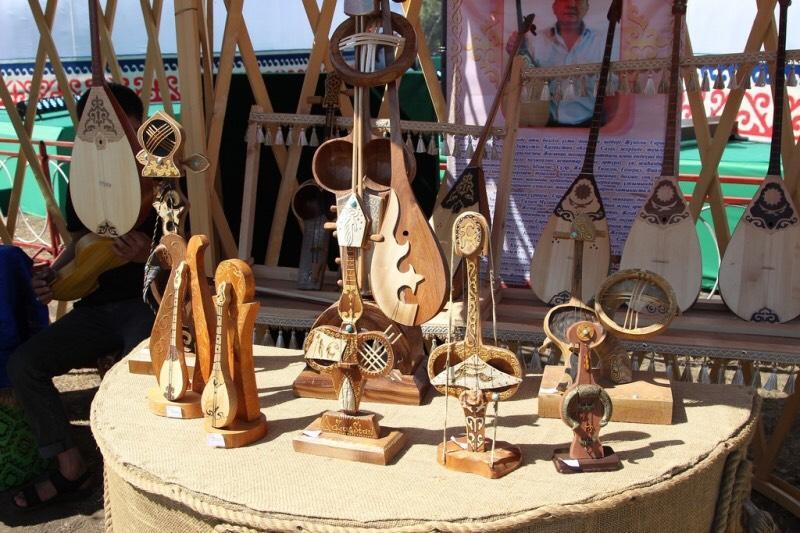 第二届«杰兹克伊克»国际艺术节在乌勒套开幕