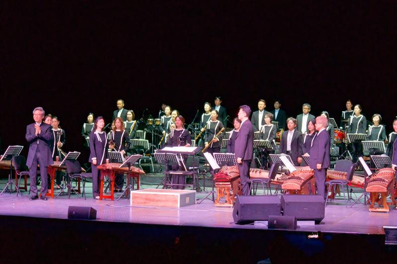 Seýl orkestri Qazaqstan men Koreıanyń qurmetine kontsert berdi