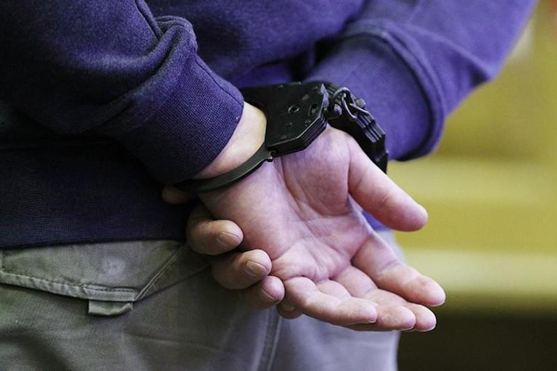 Трое мужчин задержаны в Атырау по подозрению в изнасиловании несовершеннолетних