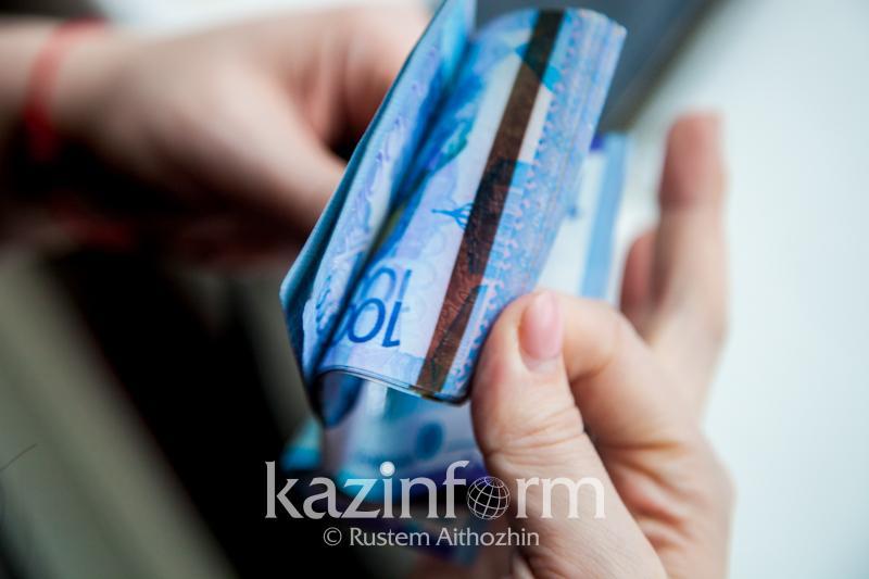 2,2 трлн тенге находилось в наличном обращении в Казахстане в июле