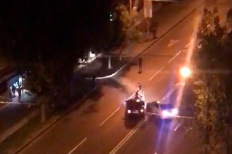 Намеренный наезд на троих мужчин в Алматы расследует полиция