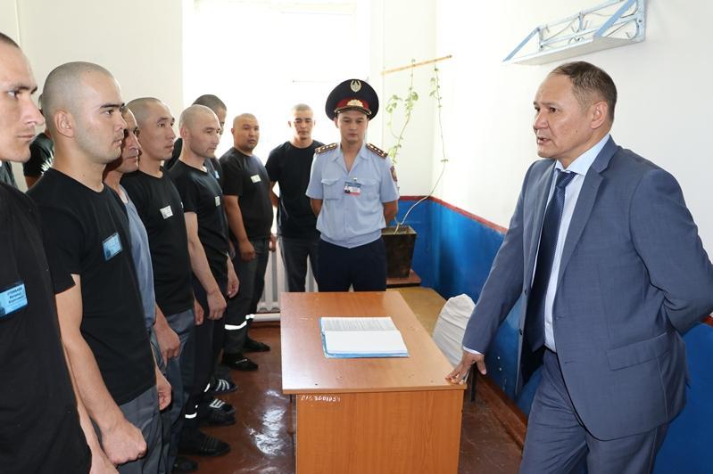 Замминистра внутренних дел проверил учреждения УИС в Шымкенте и Жамбылской области