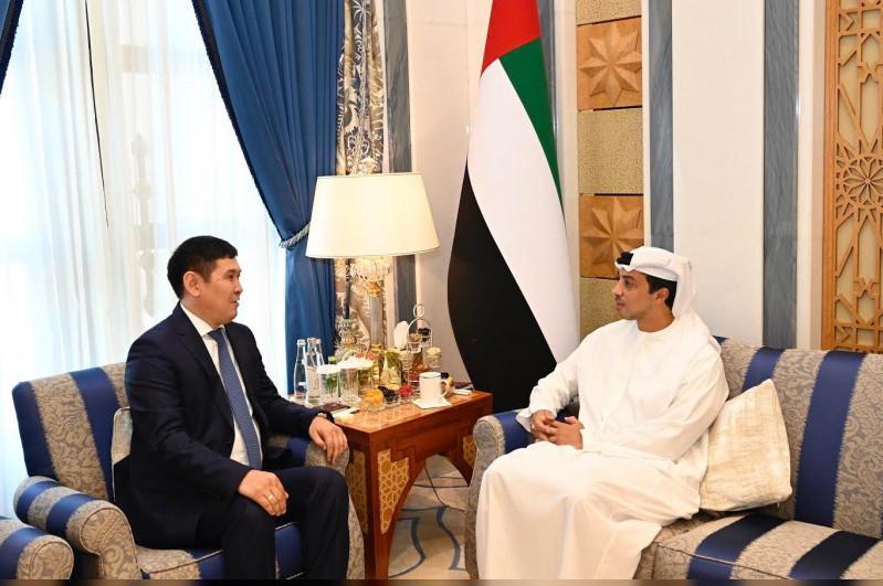 Emirati Deputy PM receives Kazakh Ambassador