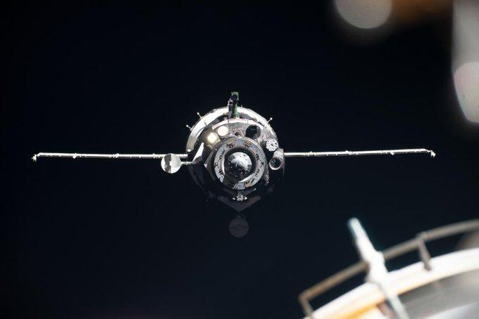 联盟MS-14载机器人飞船与国际空间站成功对接