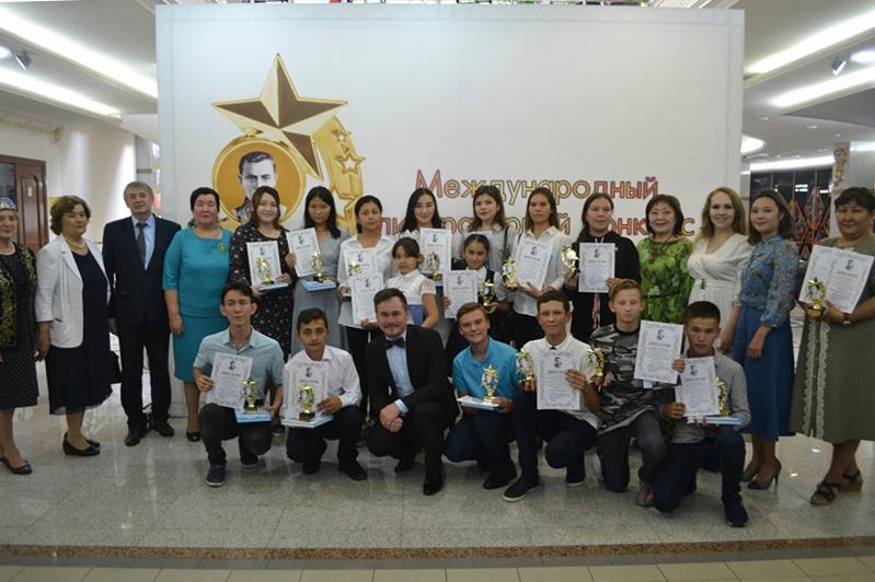 В международном литературном конкурсе «Звезда Джалиля» приняли участие сотни казахстанцев