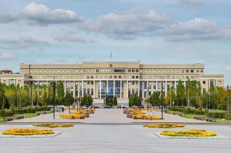 哈俄划界委员会会议在巴甫洛达尔举行