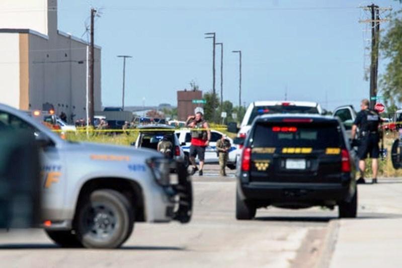 5 человек погибли, 21 ранены в результате стрельбы в Техасе