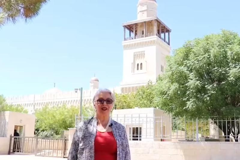 #Абай175: иорданский политик Нэнси Бакер на арабском языке прочитала стихи Абая